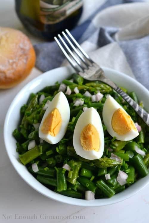 Green Bean and Asparagus Salad | notenoughcinnamon.com