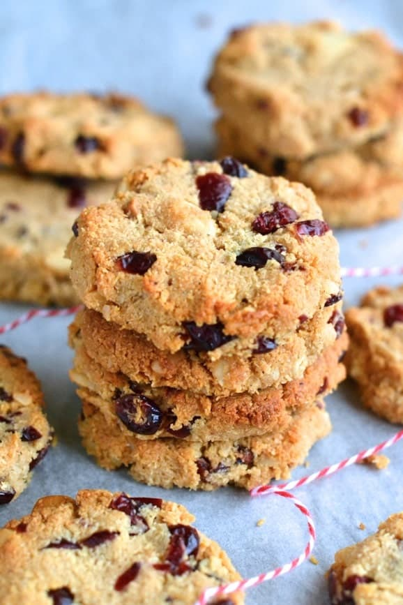 Paleo Macadamia Cranberries Cookies - Gluten free, sugar free and dairy free - Perfect for the holidays and Christmas! | Find the recipe on NotEnoughCinnamon.com