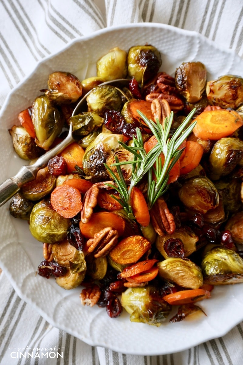 Easy Holiday Roasted Vegetables with Pecans and ...